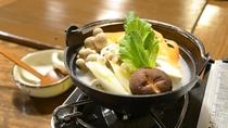 *【ご朝食一例:湯豆腐】カラダに染み渡る優しい味わいのスープは朝の目覚めにピッタリ。