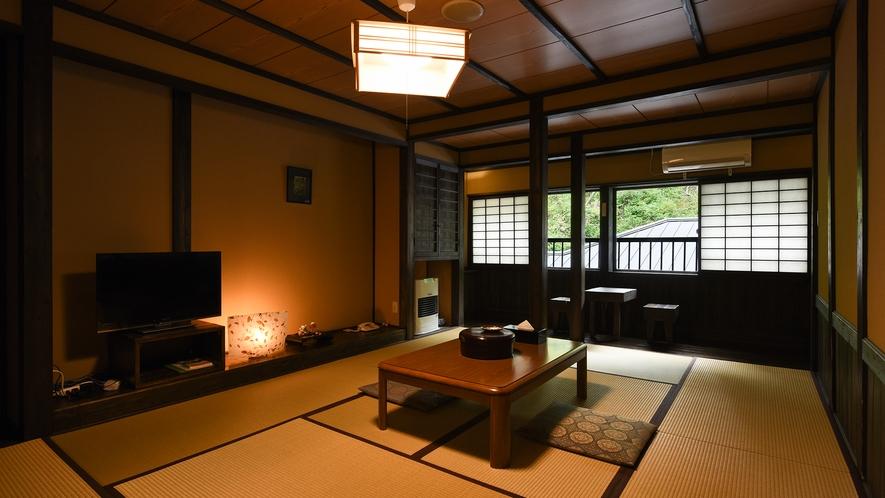 *【新館和室10畳】黒を基調とした民芸調の畳のお部屋。