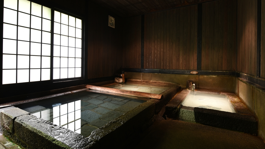 *【切石湯】ぬるめの冷泉と交互に入ることで代謝アップに効果的。