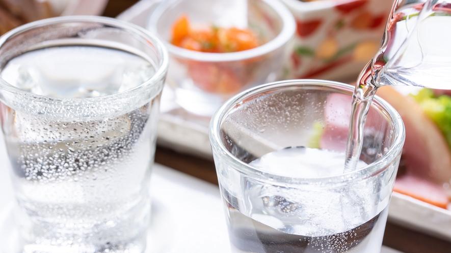*【飲み比べセット】酒好きの館主が厳選した日本酒を多数ご用意しております。