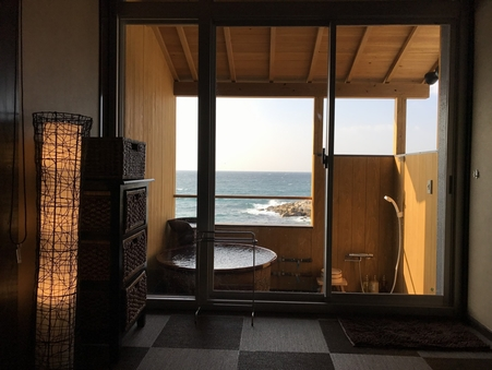 露天風呂付客室 和室12畳 【禁煙】