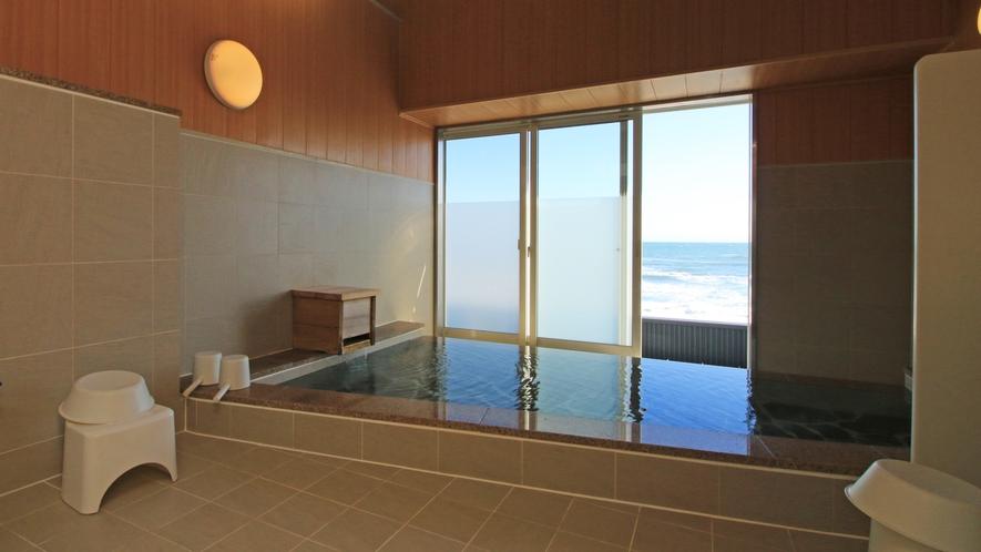 【About The Bath】栄蔵の湯 水平線を眺めながらゆっくりと。