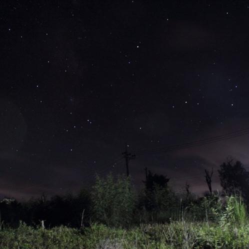 周りに明かりが少ないので星空が綺麗に見えます