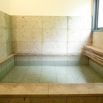 *【貸切内風呂】温泉ではございませんが、風情ある造りとなっております。