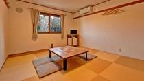 *客室(和室10畳)/畳のお部屋で手足を伸ばしてのんびり。ファミリー・グループのお客様にお勧めです。