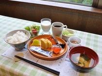 【朝食】和食中心のメニューとなっております