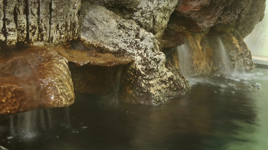 大山の天然水を使ったお風呂です。大山の恵みを全身で感じてください♪