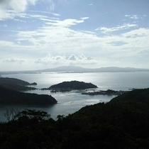 近くの公園から美しい景色もお楽しみいただけます。/塩屋湾の山の上からの眺望