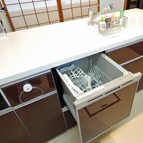 *キッチン/面倒な後片付けにはこちら。食洗機も完備され便利です!