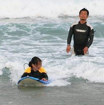 サーフィンスクール
