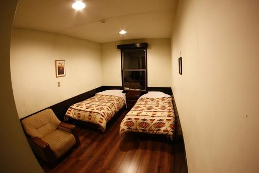 バストイレ付 2ベッドルーム 105号室