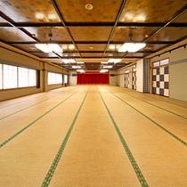*カラオケ設備付き大広間も完備。