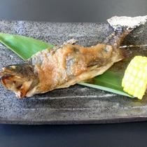 *岩魚のくるみ味噌焼/濃厚なくるみ味噌が癖になる味わいです