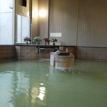 *【天沢の湯】日帰り温泉棟にある大浴場です。当館の源泉では、2種類の源泉が楽しめます。