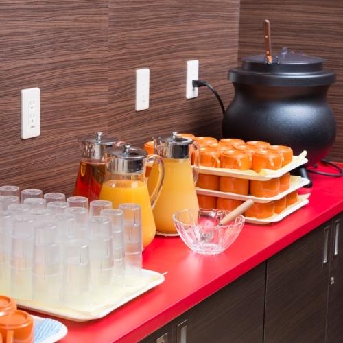 【朝食無料】ドリンクに温かいスープもご用意