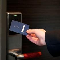 非接触型カードキーで安心のセキュリティ