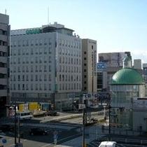 近鉄四日市駅よりホテル外観