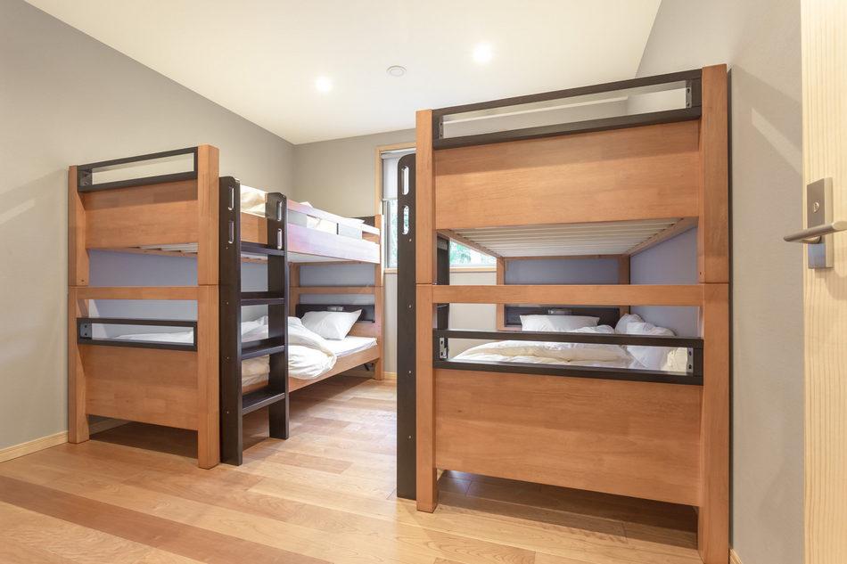 バンクルーム 大人用2段ベッドルーム