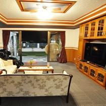 *きりん/《リビング》家具や寝具にもこだわり、快適な滞在をサポート。