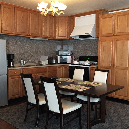 *ぺんぎん/《キッチン》電子レンジや炊飯器など家電も完備しております。