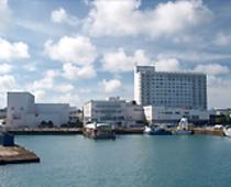 平良(ひらら)港