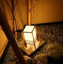 館内(灯篭)