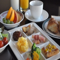 朝食盛付例