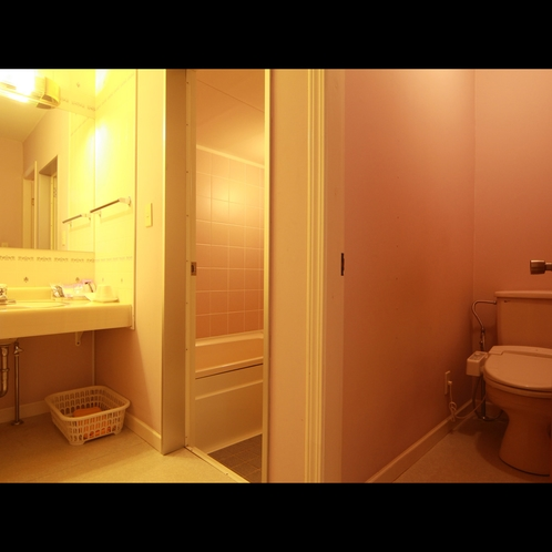 【客室】全室バス・トイレ付き