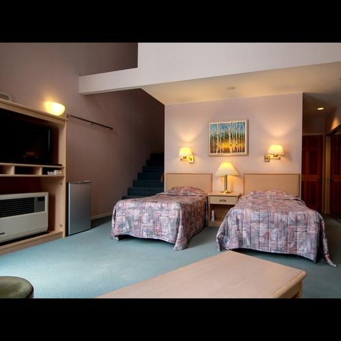 【客室】メゾネットタイプの1階