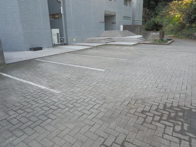 三浦海の学校 駐車場