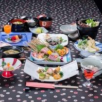 *お夕食一例(黒潮コース)/当館の定番和会席料理。素材にこだわった旬味を存分にご堪能下さい。
