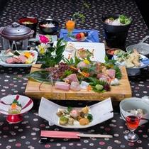 *お夕食一例(神海懐石コース)/新鮮な海の幸を活かした本格和会席料理をご堪能下さい。