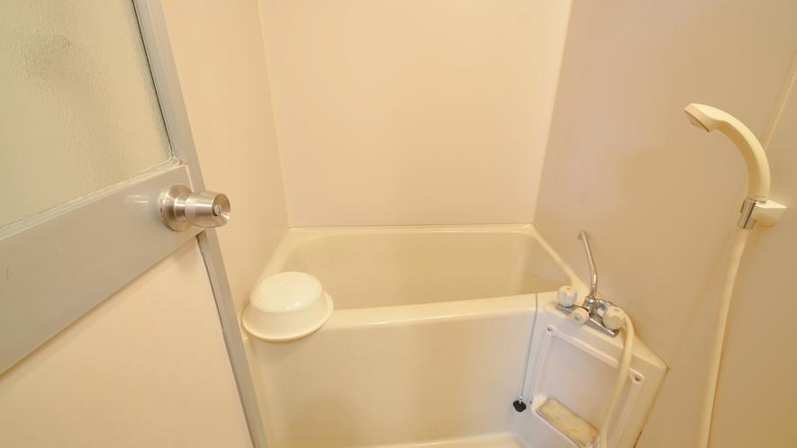 *【コテージ小・お風呂】バス・トイレはセパレートタイプになります