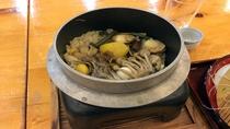 *【人気!季節の釜飯】竹コース・松コースに付いております。季節ごとの味覚をお楽しみ下さい!