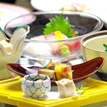 *お料理の一例。瀬戸内の旨い魚介類・地元野菜や山の幸と割烹旅館ならではの拘り料理です