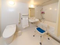 ユニバーサルツインルーム バスルーム