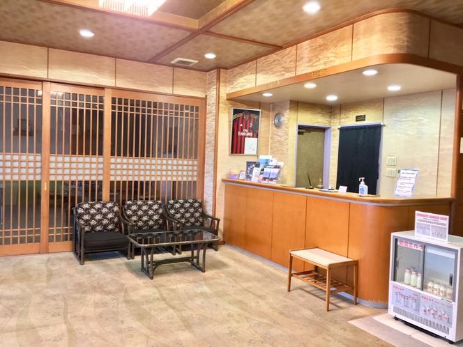 「和倉のお宿 青海荘」フロント