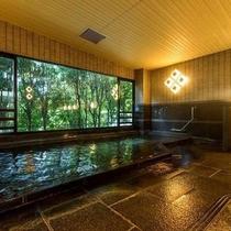 【大浴場】自家源泉掛け流し100%の温泉がお楽しみいただけます。