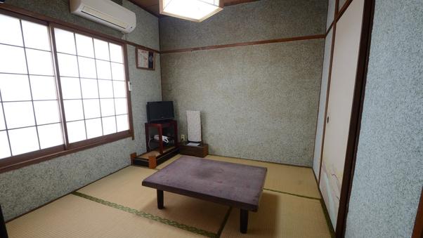 (タバコOK)和室6畳【眺望なし】バス・トイレ付