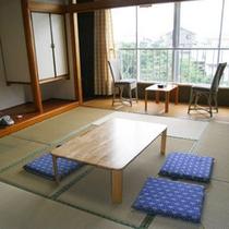 和室10畳(トイレ付)グループやファミリーさんにおすすめ♪