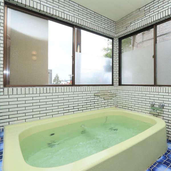 お風呂*15時〜22時・翌朝6時〜8時の間にどうぞ!