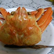 【カニ】ベニズワイですが、プリプリしていてとっても美味しいです!ゆっくり味わってください♪