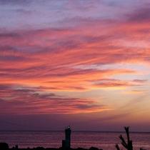 【夕日】大パノラマを真っ赤に染める夕日に癒されてください。