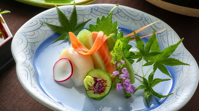 【夏の美食フェア】〜最上の夏を味わう、特別会席に舌鼓〜「山形牛と米の娘ぶたの大釜蒸し」