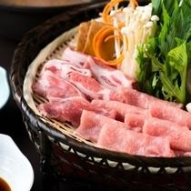 米の娘豚の錦鍋