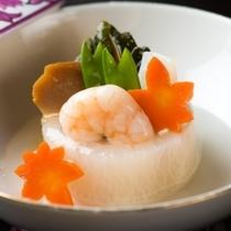 【和食膳・蓋物一例】季節によって滋味豊かな風味を愉しめます