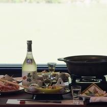 【夕食例】紅だから味わえる最上の味覚を満喫。料理に合わせて山形のお酒も様々ご用意