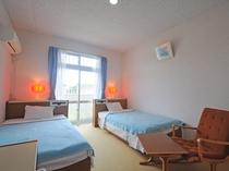 【客室】シングルベッド2台のツインルーム※全室禁煙
