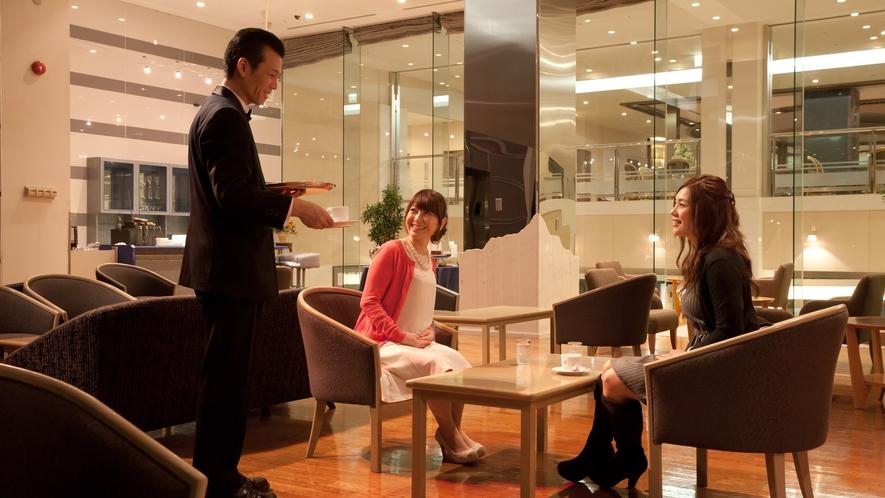 当館スタッフはお客様第一。いつでもお声掛けください。