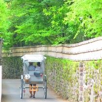 人力車に乗って由布院観光